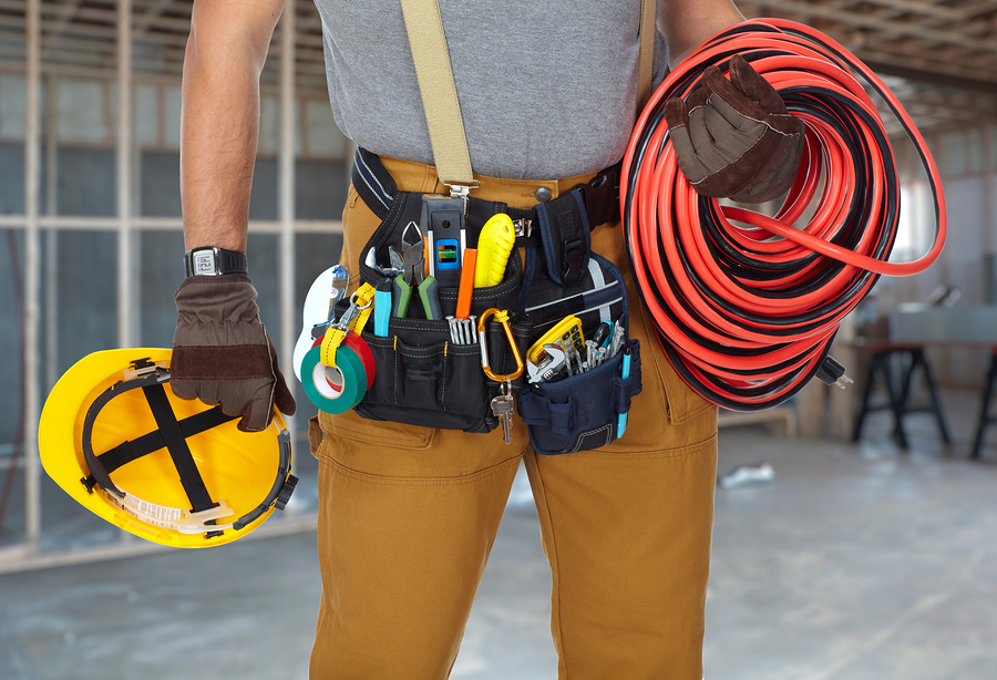 Tips To Become A Commercial Electrician